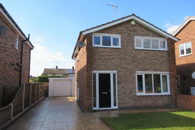 3 bed detached house to rent in Monkwood Road, Outwood, Wakefield WF1