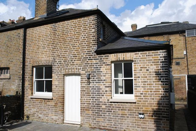 Thumbnail Semi-detached house to rent in Devereux Road, Southend-On-Sea
