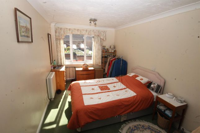 Thumbnail Flat to rent in Recorder Road, Norwich