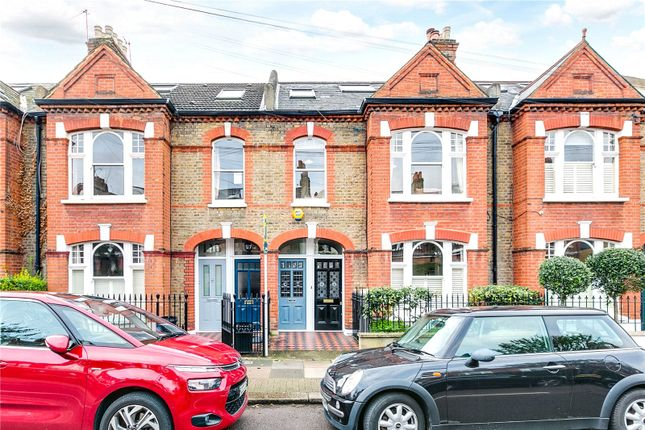 Thumbnail Maisonette to rent in Felsham Road, London