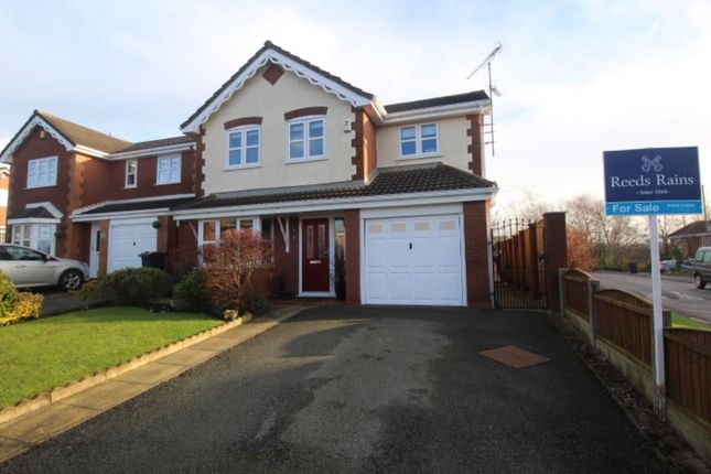 Thumbnail Detached house for sale in Parsonage Close, Upholland, Skelmersdale