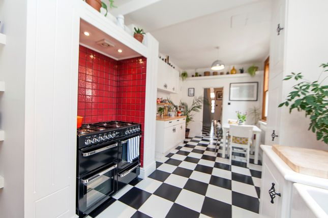 Thumbnail Terraced house for sale in Fosse Road South, West End, Leicester