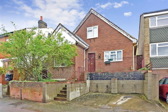 Thumbnail Detached house for sale in Queens Road, Chatham, Kent