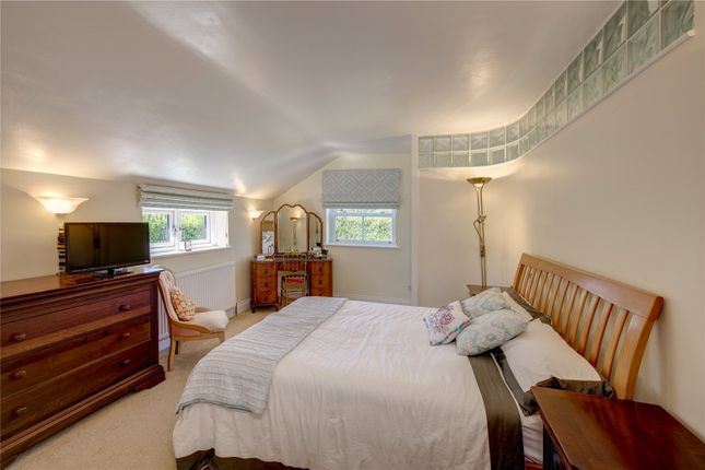 Master Bedroom of Satwell, Rotherfield Greys, Henley-On-Thames, Oxfordshire RG9