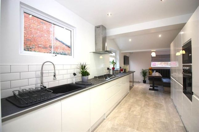 Thumbnail Property to rent in Euclid Street, Swindon