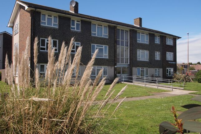 Thumbnail Flat to rent in Boundstone Close, Lancing