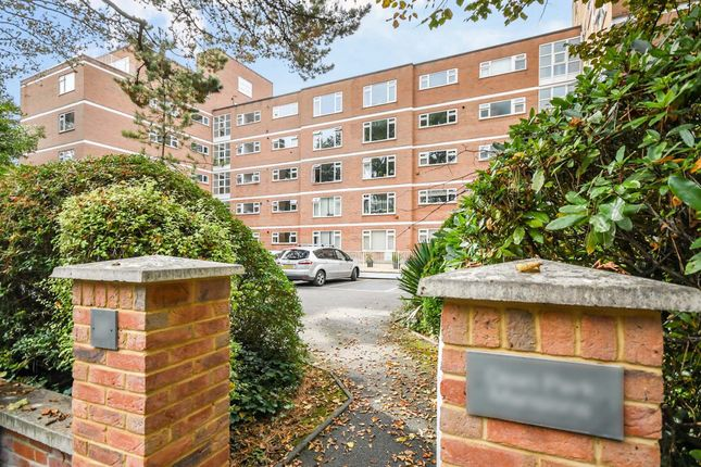 Thumbnail Property to rent in Dean Park Road, Bournemouth