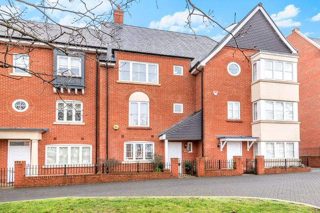 Town House For Sale In Inkerman Lane Aldershot