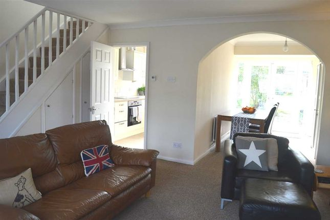 Thumbnail Property for sale in Lonsdale Crescent, Dartford