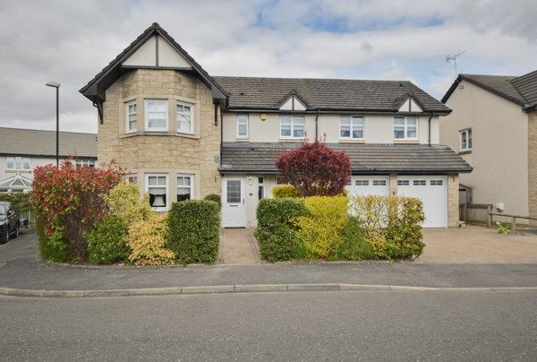 5 bed detached house for sale in River Wynd, Stirling FK9
