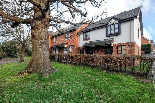 Thumbnail Terraced house to rent in Yorkshire Place, Warfield