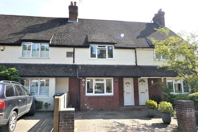 Thumbnail Terraced house to rent in Lion Lane, Haslemere