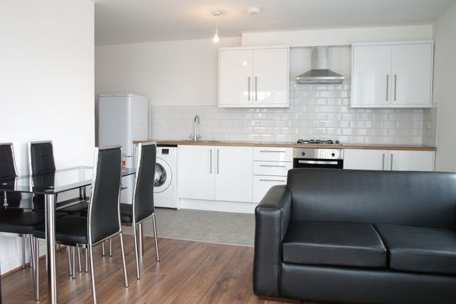 Thumbnail Flat to rent in Stockport Road, Longsight, Manchester