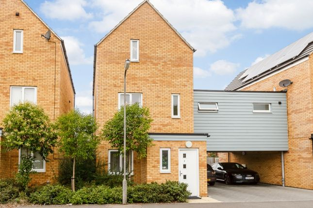 Thumbnail Link-detached house for sale in Browne Willis Close, Bletchley, Milton Keynes
