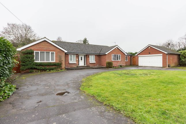 Thumbnail Detached bungalow for sale in Finedon Road, Irthlingborough, Wellingborough