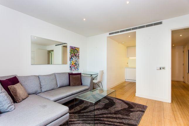 Lounge of Pan Peninsula Square, East Tower, Canary Wharf E14