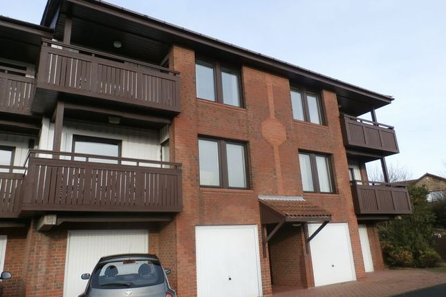 Thumbnail Flat for sale in Mariners View, Amble, Morpeth