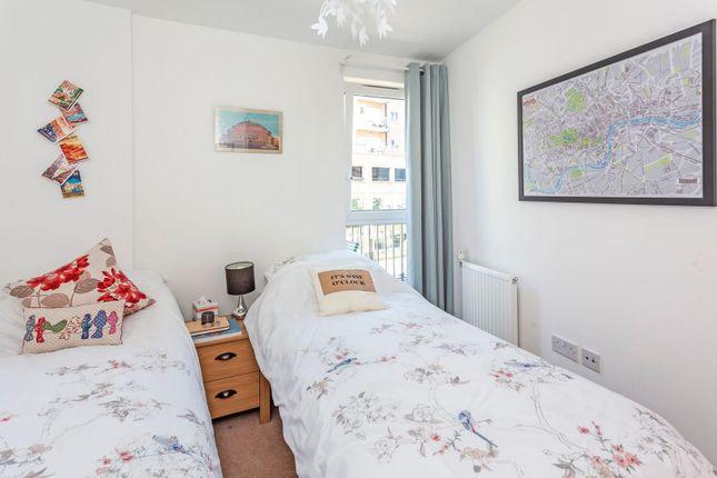 Bedroom of Whitestone Way, Croydon CR0