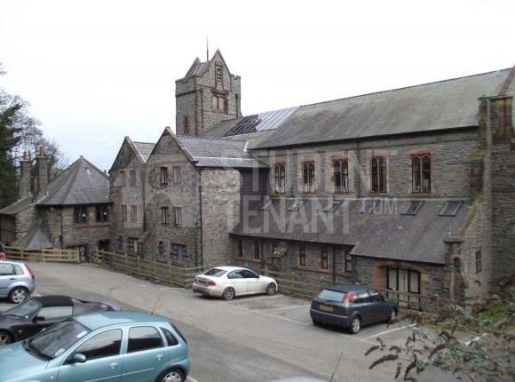 Thumbnail Shared accommodation to rent in Garth Road, Bangor, Gwynedd