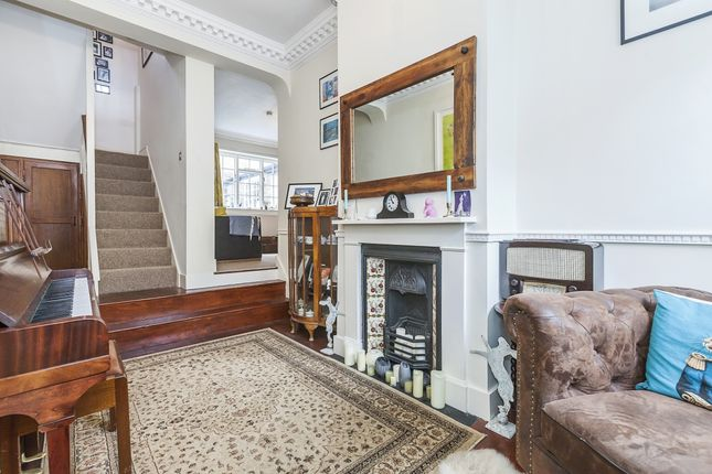 Thumbnail Cottage to rent in King George Street, London