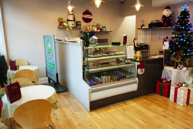 Restaurant/cafe for sale in Cafe & Sandwich Bars WF17, West Yorkshire