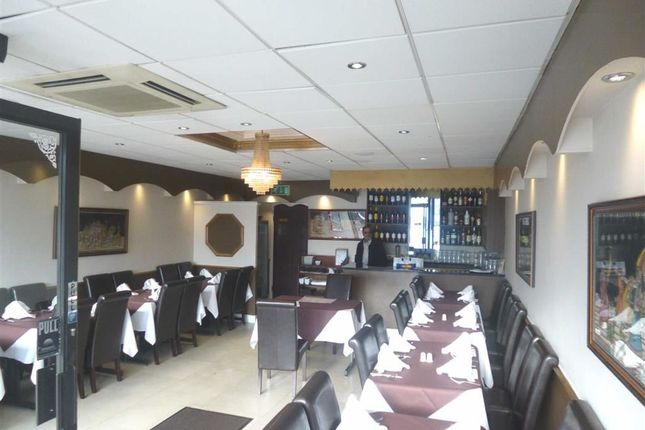 Thumbnail Restaurant/cafe to let in Shenley Road, Borehamwood