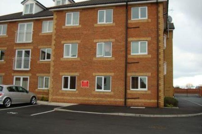 Thumbnail Flat to rent in Lagentium Plaza, Glasshoughton, Castleford