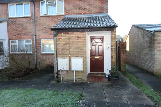 1 bed flat to rent in Carrisbrook Court, New Milton, Hampshire BH25
