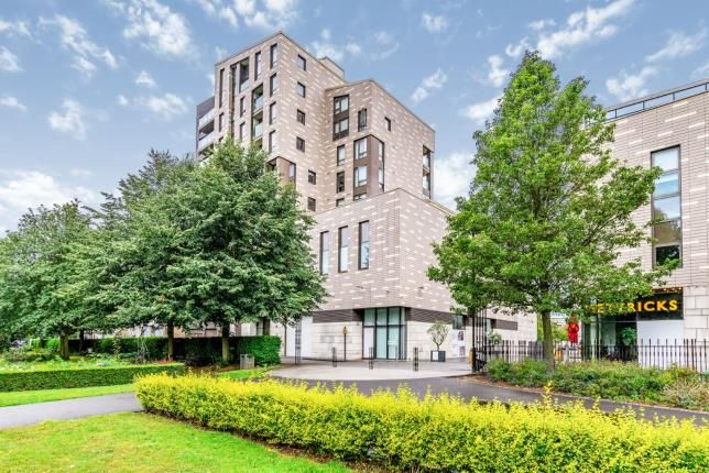 Thumbnail Flat for sale in Guildhall Apartments, 10 Park Walk, Southampton