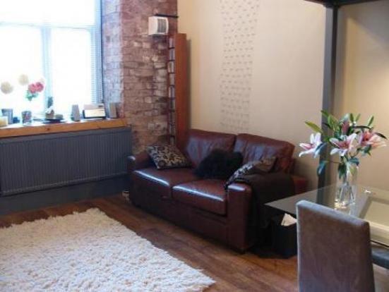Thumbnail Flat to rent in Sprinkwell Bradford Road, Dewsbury, West Yorkshire