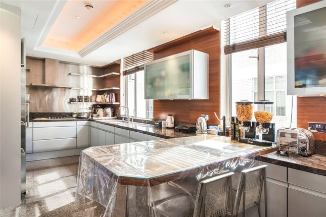 Flat for sale in Hereford House, North Row, Mayfair, London