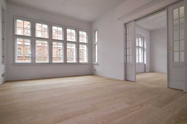 Thumbnail Apartment for sale in Charlottenburg, Berlin, 10711, Germany