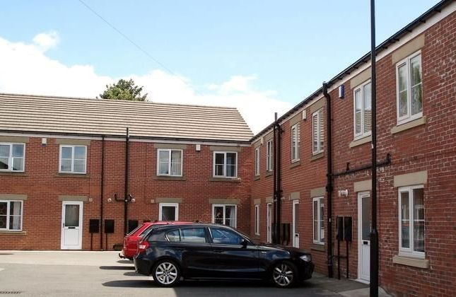 5 bed semi-detached house to rent in Langton Close, Sunderland