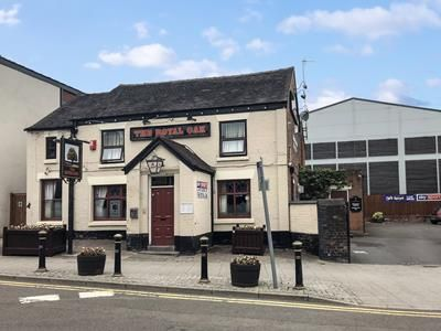 Thumbnail Pub/bar for sale in Royal Oak, 1 Station Road, Stoke-On-Trent, Staffordshire