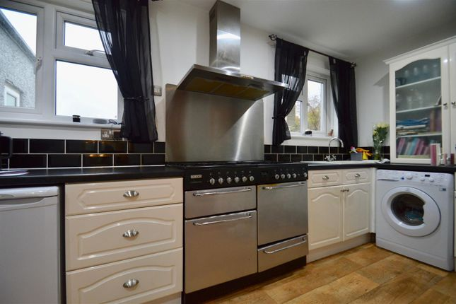 Thumbnail Semi-detached house for sale in Taunton Vale, Gravesend