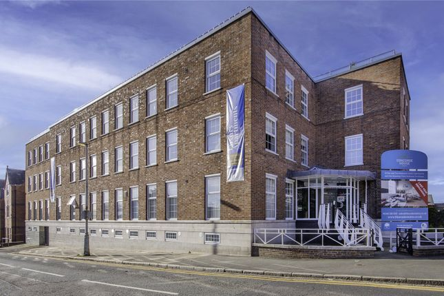 2 bed flat for sale in Canal Street, Chester CH1
