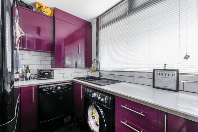 Thumbnail Flat for sale in Campsfield Road, Hornsey
