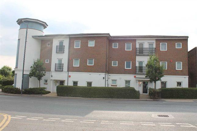 Thumbnail Flat to rent in High Road, Harrow Weald, Harrow