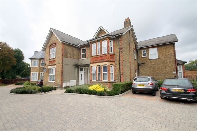 Thumbnail Flat to rent in Elmwood Avenue, Feltham, Greater London