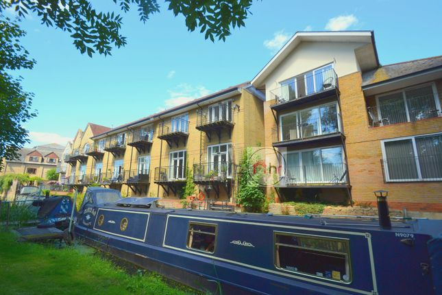 Thumbnail Town house for sale in Chandlers Wharf, St. Neots