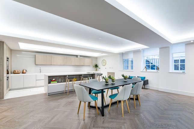 Thumbnail Flat for sale in Fitzbourne Place, Marylebone