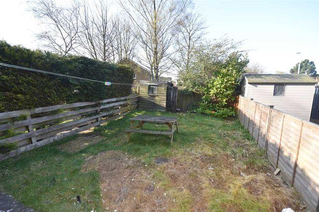 Garden of Moray Park, Dalgety Bay, Dunfermline KY11