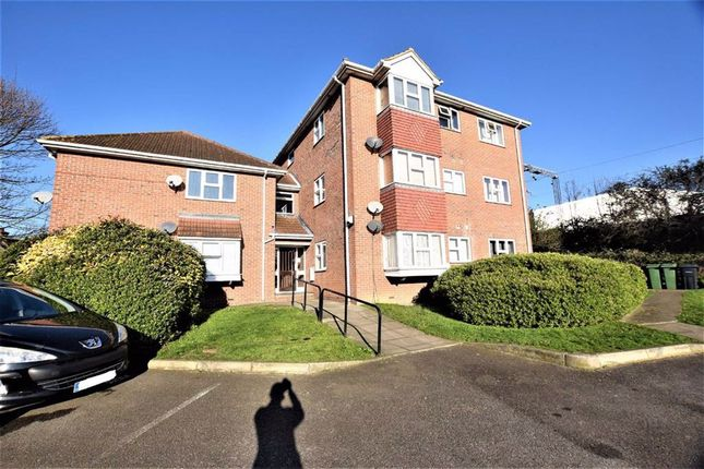 Thumbnail Flat for sale in South View Heights, Grays, Essex