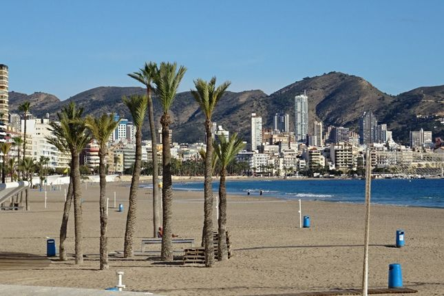 Thumbnail Apartment for sale in Poniente, Benidorm, Spain
