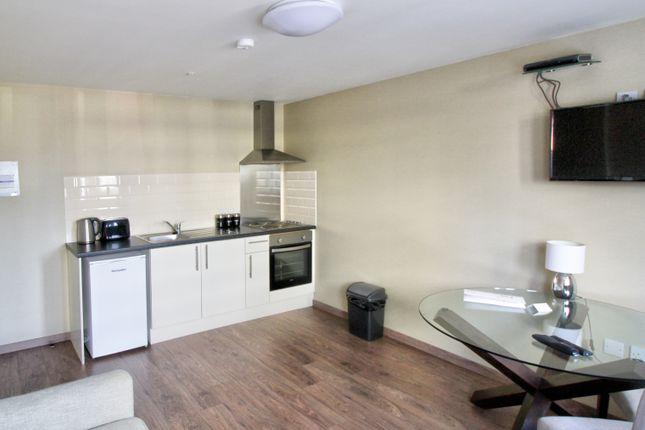 106 Daniel House Lounge 2