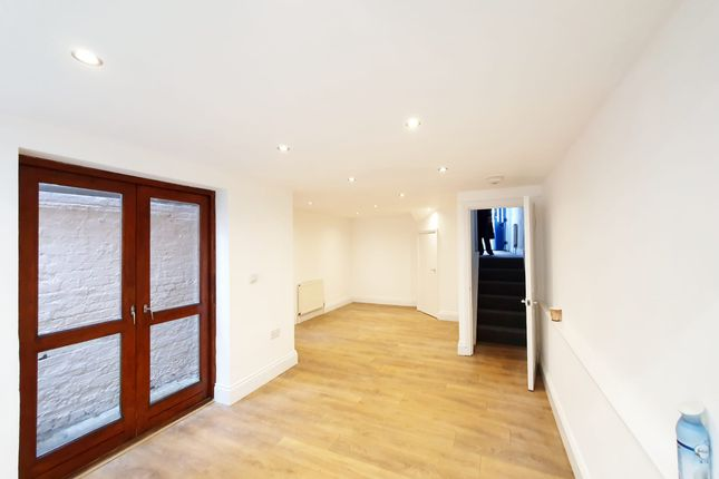 Thumbnail Terraced house to rent in Windus Road, London
