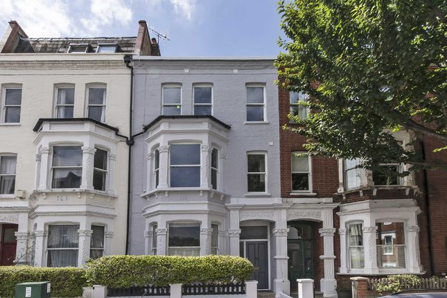 Thumbnail Flat to rent in Waldemar Avenue, London