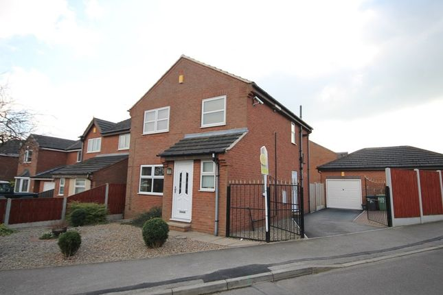 Thumbnail Detached house for sale in Hopefield Chase, Rothwell, Leeds