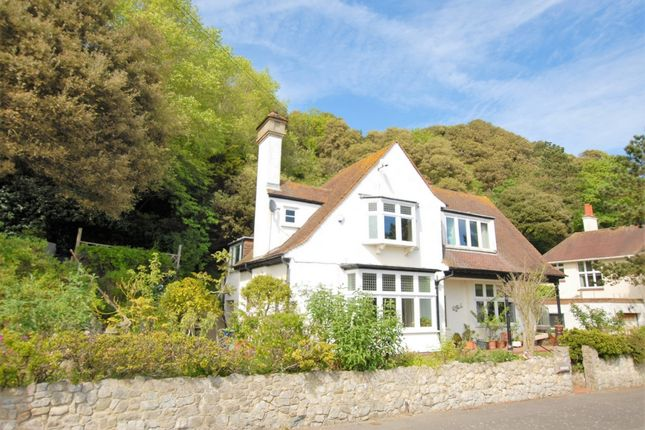 Thumbnail Terraced house for sale in Radnor Cliff Crescent, Sandgate
