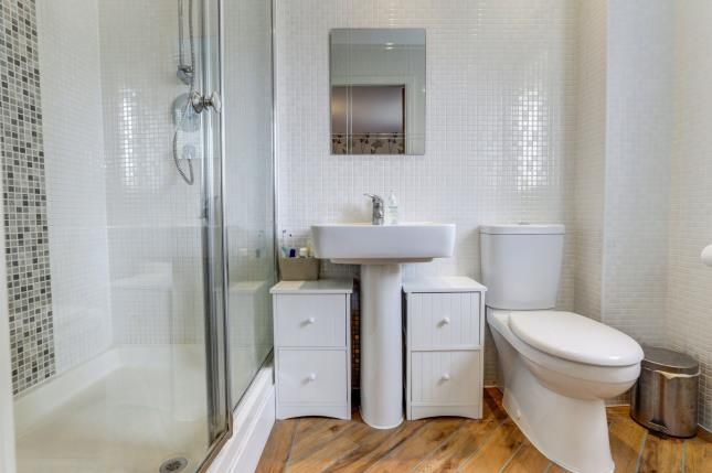Ensuite of Abbeydale Close, Cheadle Hulme, Cheadle, Greater Manchester SK8